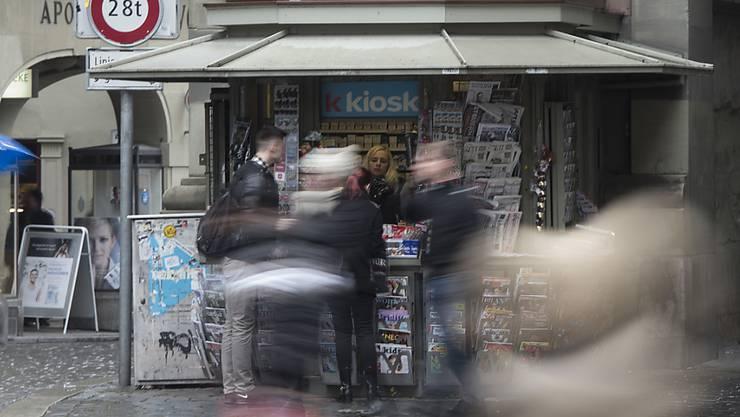 Für die K-Kiosk-Agenturen - hier am Zytglogge in Bern - gilt der Gesamtarbeitsvertrag weiterhin nur ein Jahr.