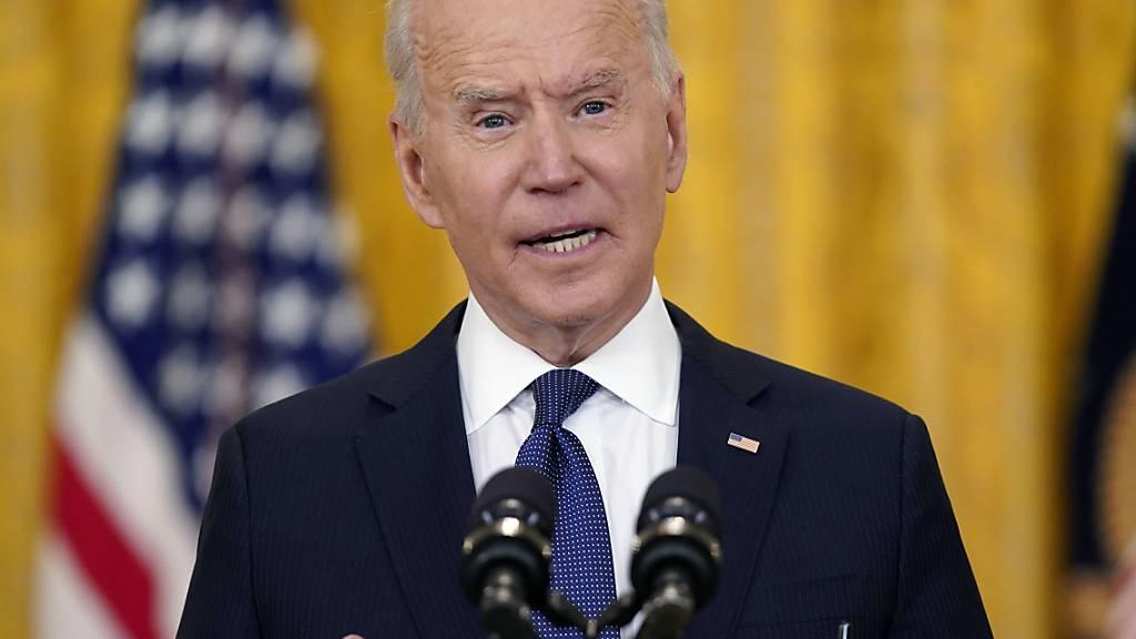 Präsident Biden: viele Länder bitten die USA um Corona-Impfstoff