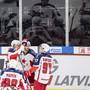 Moskaus Spieler jubeln auf Schweizer Eis, unter ihnen auch Kirill Kaprissow (rechts).