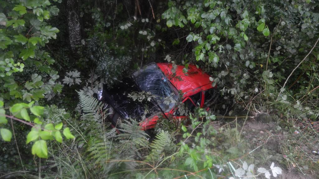 Spektakulärer Selbstunfall: 18-Jähriger unbestimmt verletzt
