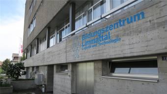Auch das Bildungszentrum Limmattal (BZLT) ist von der grossen Rochade betroffen. Es soll Berufe von der Berufbildungsschule WInterthur und vom Bildungszentrum Zürichsee übernehmen.