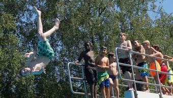 Auf eine Million Besucher sind die Stadtzürcher Badeanstalten bereits gekommen.