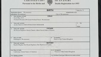 Das Geheimnis um den Geburtsort des Sohnes von Prinz Harry und Meghan ist gelüftet: Britische Medien veröffentlichten eine Kopie der Geburtsurkunde von Archie.