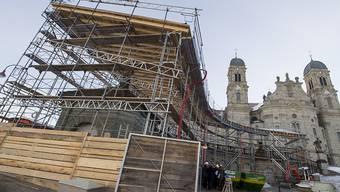 Nach mehreren Jahren Sanierung sind die Arkaden des Klosters Einsiedeln wieder öffentlich zugänglich. (Archivbild)
