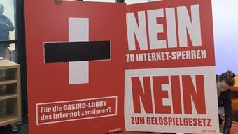 Das Argument der Internetsperren zeigt im bisherigen Abstimmungskampf Wirkung: Das Geldspielgesetz würde heute abgelehnt. Das zeigt die erste Tamedia-Umfrage. (Archiv)