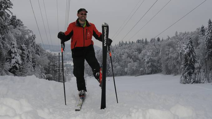 Skifahrer genossen in Neuenhof den Schnee.
