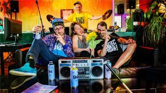 Die Band Love-Crew (vorne v. l.): Manuel Scepka, Aline Studer und Christian Schwarz; (hinten) Oliver Klarer. Es fehlt Silvan Mathis.