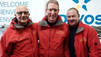 Die Sieger des Parlamentarier-Skirennens sind: Nicolo Paganini, Adrian Wüthrich und Jürg Stahl.