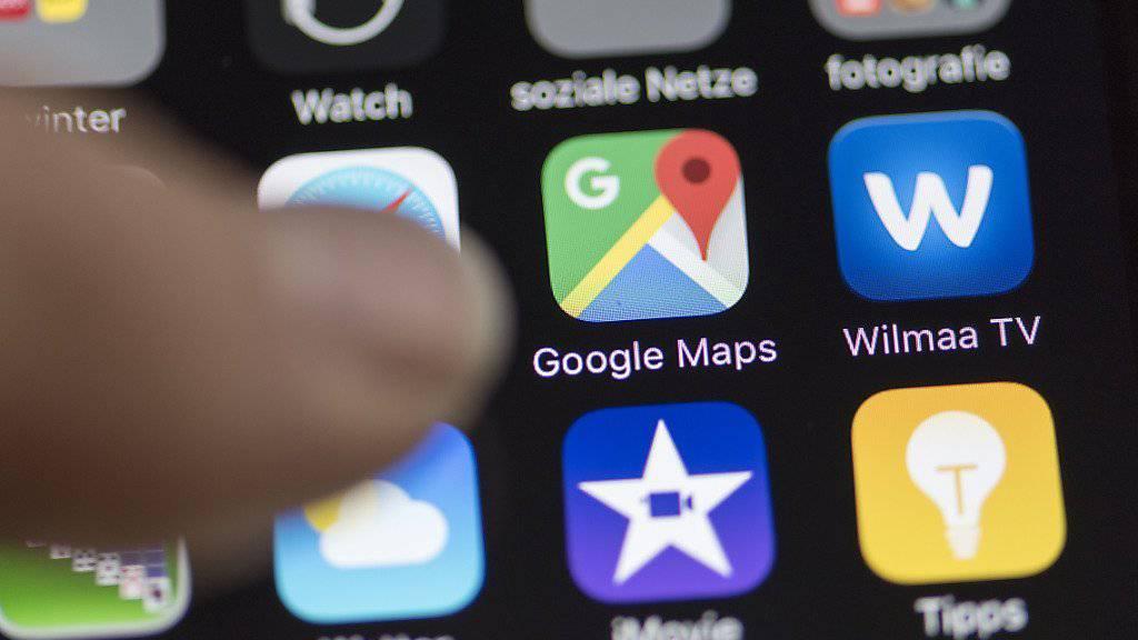 Google darf für Google-Maps keine von Südkorea erstellten Karten exportieren. Grund für den Entscheid der südkoreanischen Regierung sind Sicherheitsbedenken wegen der Konfrontation mit Nordkorea.