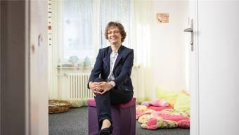 Fürs Foto wählt Sabine Sutter-Suter ein Spielzimmer im Familienzentrum in Lenzburg.