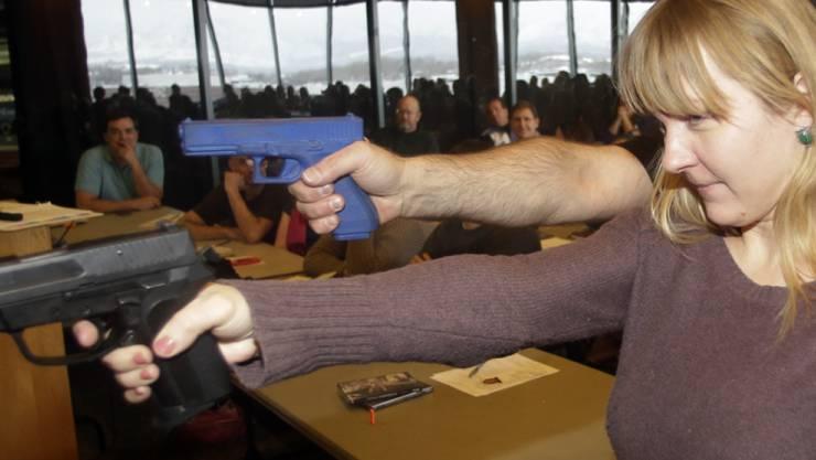Schiesstraining für eine Primarschul-Lehrerin im US-Bundesstaat Utah. (Archivbild)