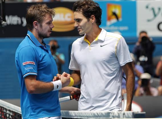 Wieder ist Federer Titelverteidiger. Doch Wawrinka steigt mit der Referenz eines Sieges gegen Roddick ins Duell. In seiner Box sitzt mit dem Schweden Peter Lundgren Federers ehemaliger Trainer, der sagt: «Stan ist jetzt ein Killer. Vorher war er viel zu sanft, zu nett.» Zu sehen ist davon dann aber nur wenig. «Ich wurde von A bis Z dominiert», sagt er. Federer lobt den Verlierer trotzdem: «Stan hat das Zeug, ein Major-Turnier zu gewinnen.» Federer unterliegt im Halbfinal Novak Djokovic.