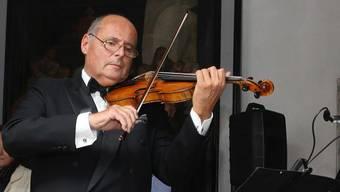 Violin-Solist Matthias Steiner verfügt über ein bewundertes Rüstzeug in Technik und Interpretation. (Archiv)
