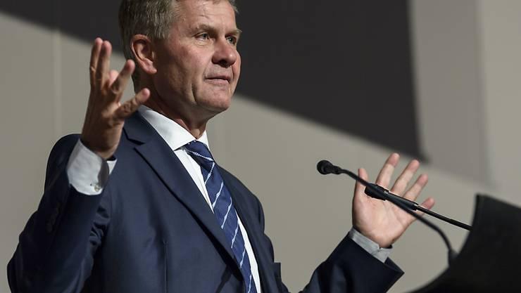 Der Leiter des UNO-Umweltprogramms Erik Solheim fordert eine Reduktion der weltweiten Plastikproduktion. (Archiv)