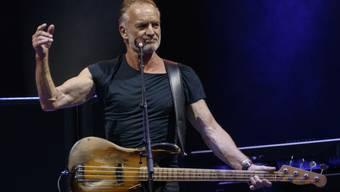 """Sting, einst Sänger von Police und heute solo unterwegs, sagt weitere Konzerte seiner """"My Songs"""" Tour ab - auf Anraten seines Arztes. Was er hat, bleibt sein Geheimnis. Aus seinem Umfeld heisst es, er leide an einer Halsentzündung."""
