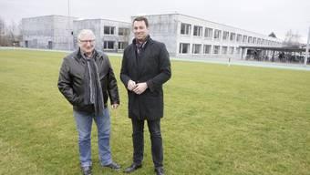 Sie lancierten Ende Januar die Idee einer Dreifachhalle auf der Wiese neben dem oz13 in Subingen: Die Gemeindepräsidenten Hans Ruedi Ingold (Subingen, l.) und Martin Rüfenacht (Horriwil).