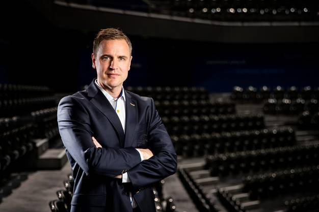 Dan Tangnes wird auch in der kommenden Saison den EV Zug coachen.