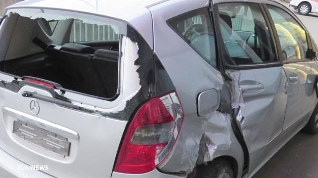 Mehrere Rentner bauen Unfälle