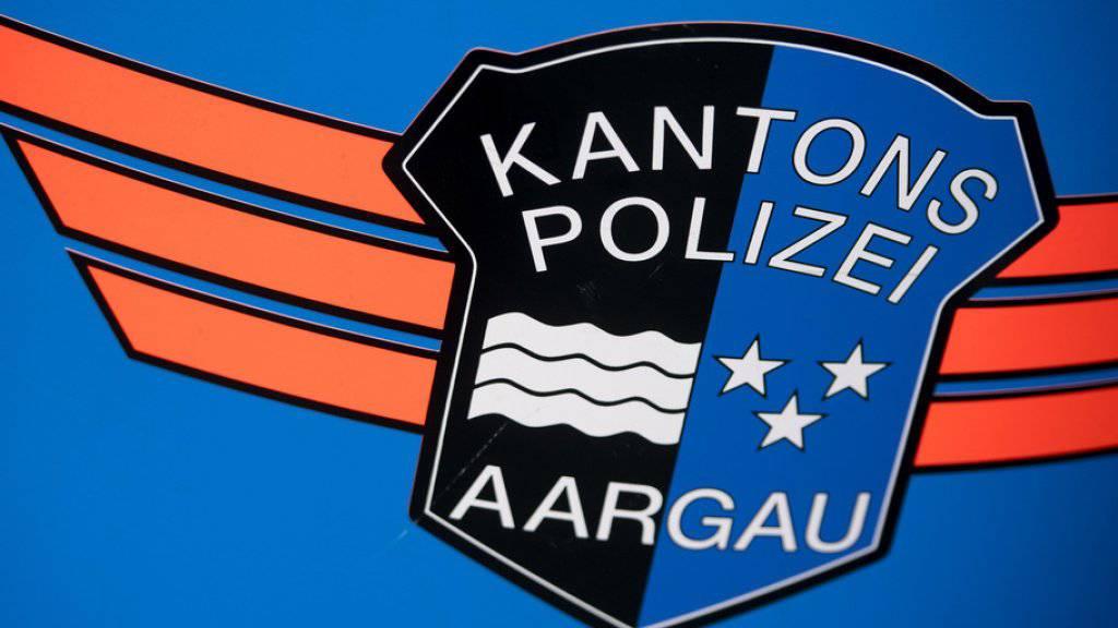 Die Kantonspolizei Aargau nahm den Täter fest und nahm ihre Ermittlungen auf.