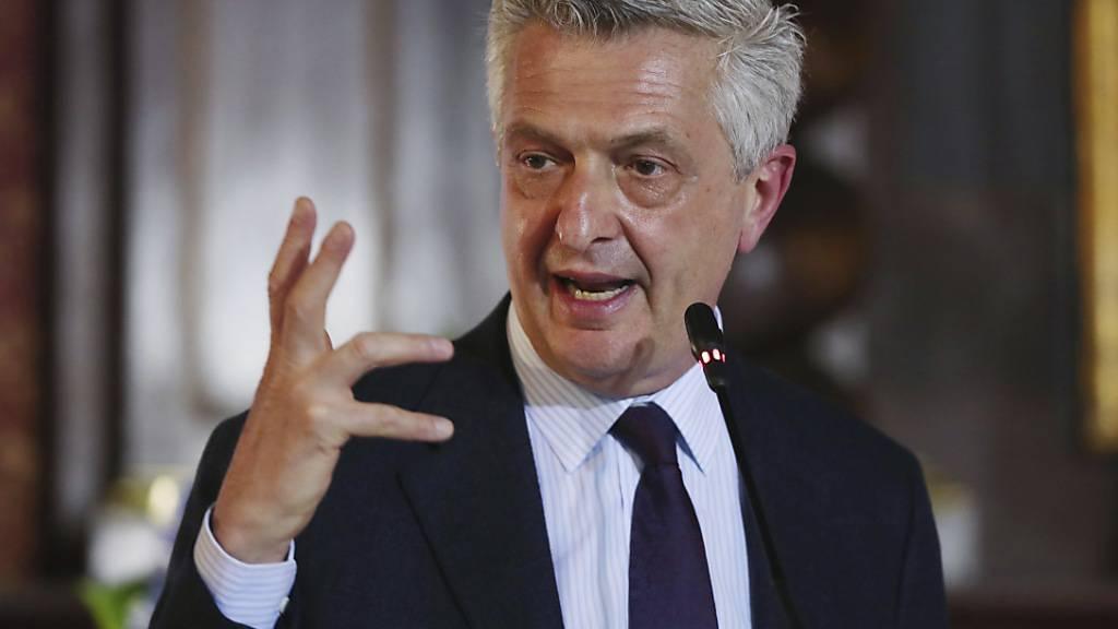 ARCHIV - Der UN-Hochkommissar für Flüchtlinge, Filippo Grandi, hat zahlreiche Länder aufgerufen, die Prinzipien der Genfer Flüchtlingskonvention zu verteidigen. Er sei alarmiert, weil europäische und andere Länder immer öfter versuchten, sich ihren Verpflichtungen zu entziehen, sagte Grandi. Foto: Fernando Vergara/AP/dpa
