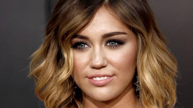 Miley Cyrus ernährt sich glutenfrei (Archiv)