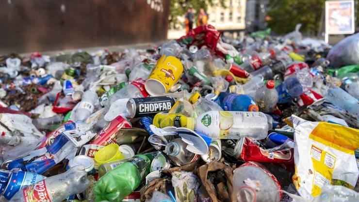 Eine Woche wurde der Abfall beim Theaterplatz gesammelt. Das Ergebnis ist imposant.