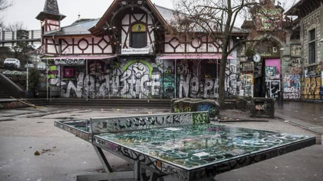 Das Kulturzentrum Reitschule in Bern ist nun Chefsache (Archiv)