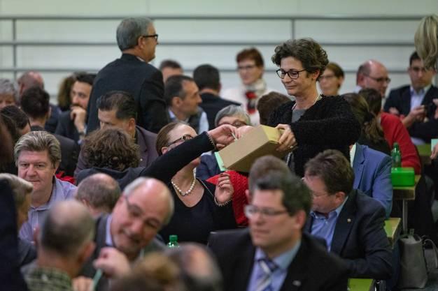 Impressionen von der Aargauer FDP-Delegiertenversammlung.
