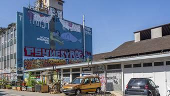Den Bürgerlichen seit jeher ein Dorn im Auge: Hausbesetzungen. Im Bild das Koch-Areal, Zürich. (Archivbild)