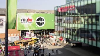 """Unter dem Motto """"100 Jahre Zukunft"""" ist am Freitag die diesjährige Muba eröffnet worden."""