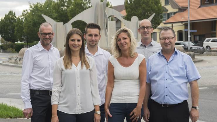 v.l.n.r: Rolf Joachim Präsident, Julia Lenz Aktuarin, Luca Hasler Gemeinderat, Tanja Joachim Kassier, Simon Grossniklaus Vizepräsident, Erich Hauri Beisitzer