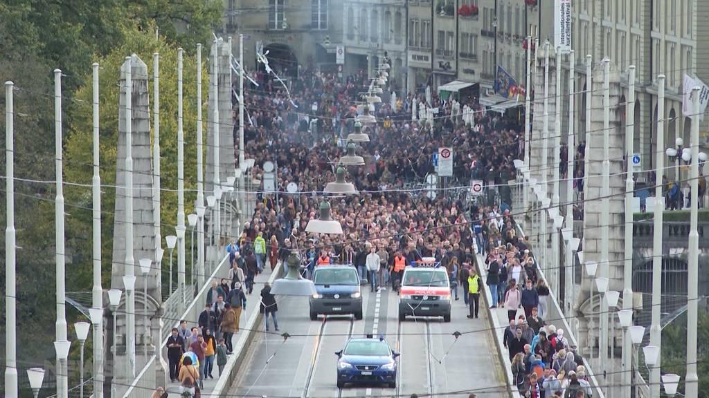 Tausende Feyenoord Fans in Bern