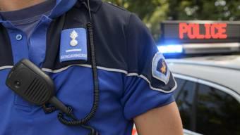 Szenen wie in einem Film: Die Polizei lieferte sich mitten in Genf eine wilde Verfolgungsjagd mit einem französischen Raser. (Symbolbild)