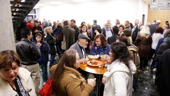Auf Einladung der Vogt Schild Vertriebs GmbH feierten 110 Verträgerinnen und Verträger dieser Zeitung in der «Cucina Arte».