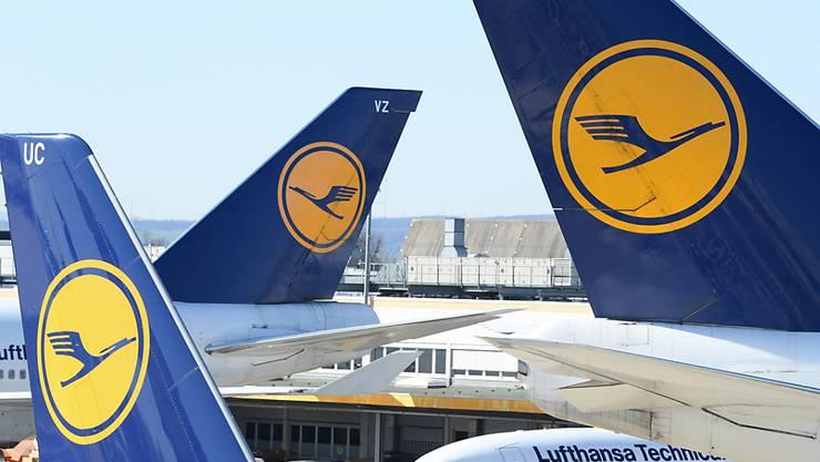 Der Lufthansa-Konzern verhandelt offenbar über eine Beteiligung des deutschen Staates. (Archivbild)