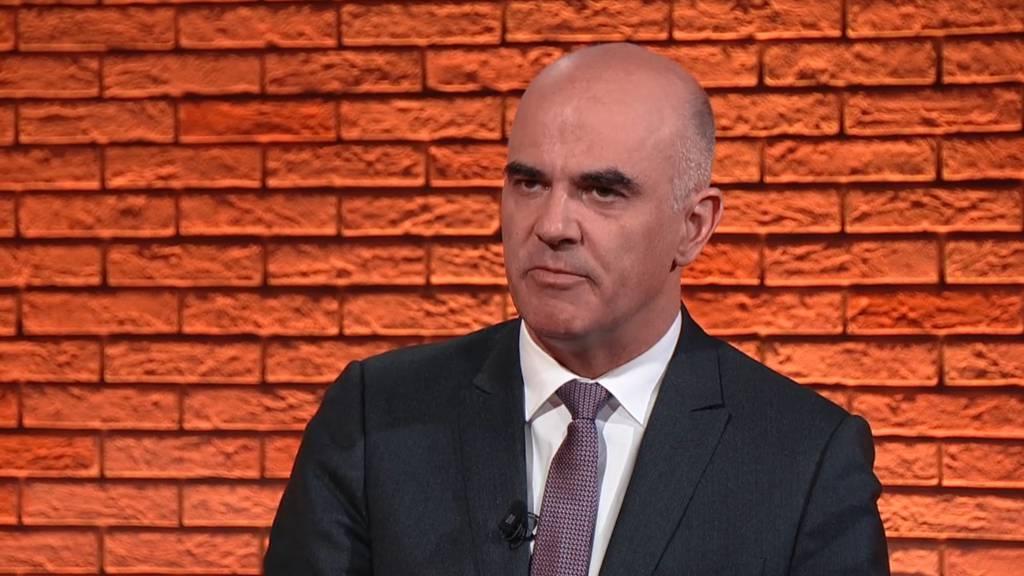 Alain Berset nimmt Stellung zum Corona-Kurs des Bundesrats