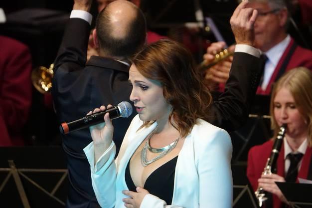 Michèle Binder, die Tochter des Dirigenten, überzeugte mit ihren reifen Gesangsleistungen (Bild ub) 1