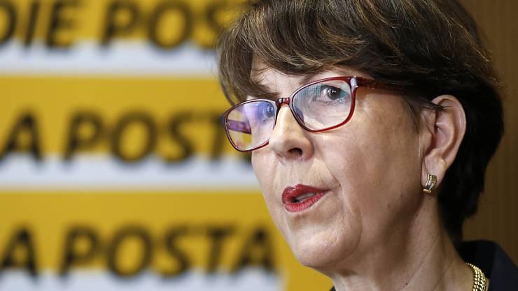 Die Konzernchefin der Post, Susanne Ruoff, verteidigt die Umbaupläne für ihr Unternehmen. (Archivbild)