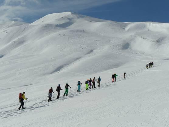 Gemeinsam ein Ziel zu erreichen, das war es, was den Schülern am Schneeschuhlager besonders gefiel