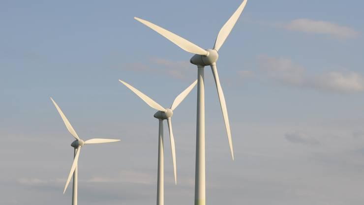 Mit dem Kauf der beiden Anlagen halten die EKZ nun Mehrheitsbeteiligungen an insgesamt 16 europäischen Windparks. (Symbolbild)