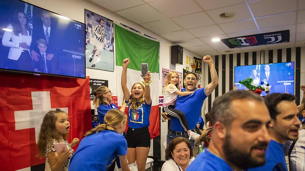 In Lausanne feierten die Tifosi-Fans ausgelassen den Sieg ihres Teams.