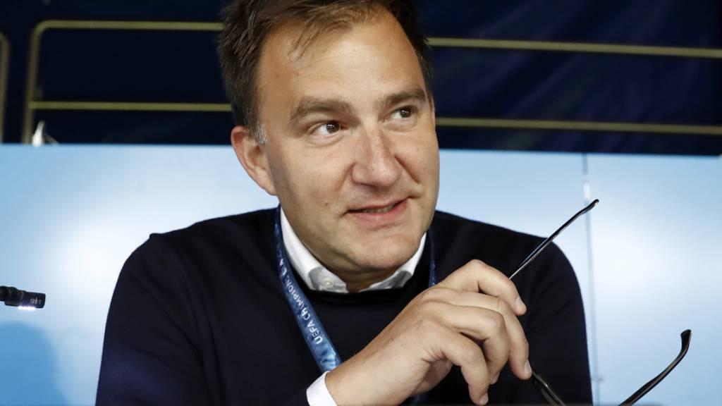 Sascha Ruefer, der TV-Kommentar für die Schweizer Spiele bei SRF, bleibt die Stimme der Nati