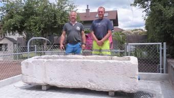 Brunnenmeister Thomas Hirt und Michael Walker (Leiter Werkhof