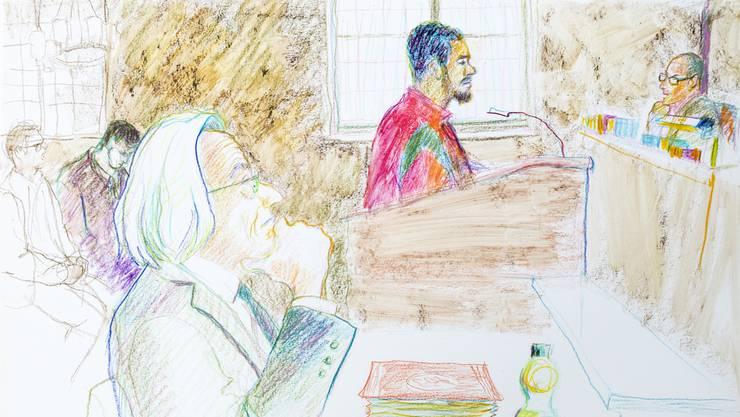 Das Bezirksgericht Zürich verurteilt «Carlos» im März 2017 zu einer unbedingten Freiheitsstrafe von eineinhalb Jahren wegen versuchter schwerer Körperverletzung. Gerichtszeichnung von Linda Graedel. Anschliessend an die Freiheitsstrafe beantragte die Staatsanwaltschaft eine Untersuchungshaft.