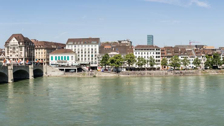Die Staatsanwaltschaft ruft am Rheinbord zur Vorsicht auf.