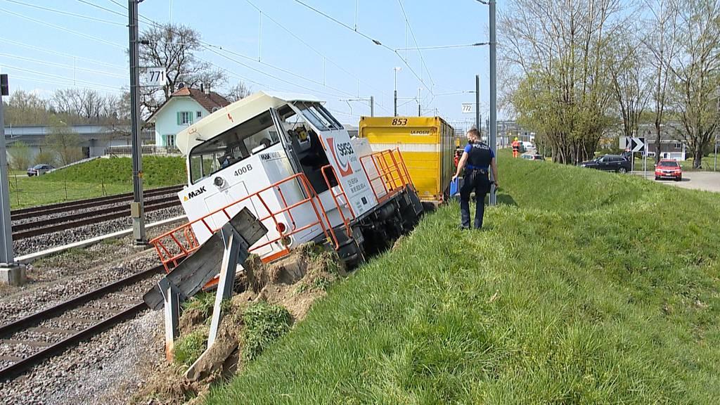 Frauenfeld (TG): Schienentraktor entgleist bei Rangiermanöver