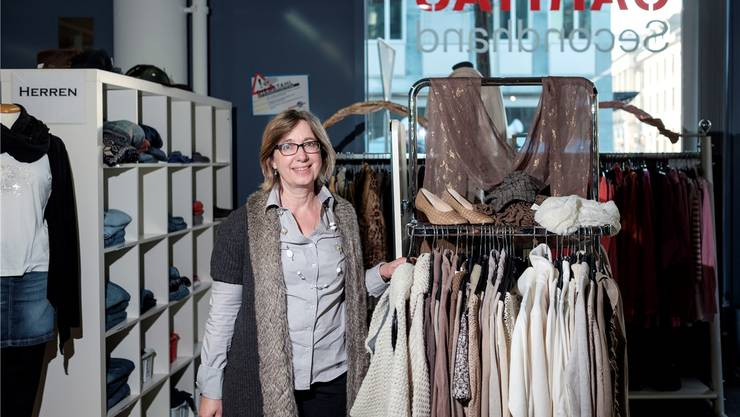 Astrid Bonsaver und ihr Team haben bis zu 35 Kleidersäcke an einem Tag im Secondhand Laden entgegengenommen.