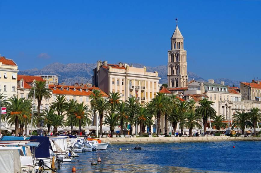 In Split kann man den Strand geniessen, aber auchdie Stadt erleben. (Bild: istock)