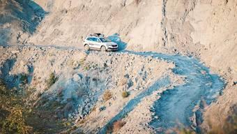 Auf holprigen Pisten durch atemberaubende Landschaften: Der Škoda Karoq Scout kann sich ihm Hinterland Albaniens beweisen. Bild: zvg