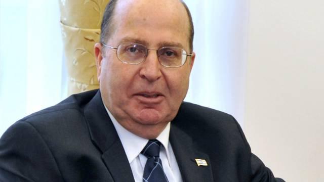 Israels Verteidigungsminister Mosche Jaalon (Archiv)